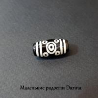 Бусина Агат дзи 11 глаз черно-бежевый гладкий бочонок 19х10+- мм