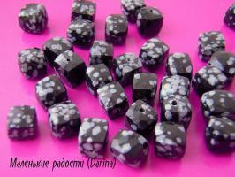 Обсидиан, граненный куб, 7-8 мм